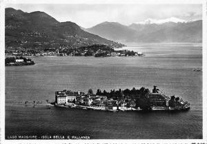 Italy Lago Maggiore Isola Bella e Pallanza Island Aerial view