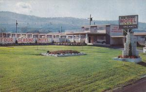 Exterior of Four Seasons Motel, Kamloops, British Columbia, Canada, 40-60´s