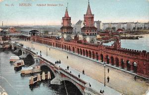 Berlin Bahnhof Stralauer Tor Bruecke Bridge River Boats