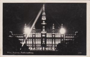 RP; WIEN, Rathaus, Festbelauchtung, Austria, 30-50s