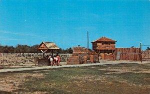 LP10  Fort Firelands Port Clinton Marblehead  Ohio    Postcard