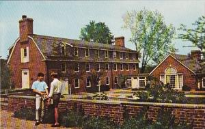 Flagg Dormitory And Huntington Lounge Loomis School Windsor Connecticut