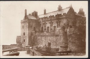 Scotland Postcard - The Palace, Stirling Castle   DC125