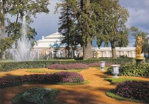 Russia The Fountains Of Peterbof The Lower Park The Monplaisir Complex