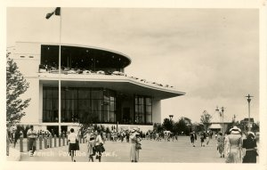 NY - New York World's Fair, 1939. French Pavilion    *RPPC