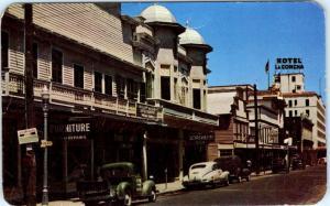 KEY WEST, Florida  FL    DUVAL STREET Scene looking East 1950 Cars   Postcard