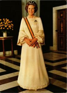 CPM H.M.Koningin Beatrix DUTCH ROYALTY (785290)