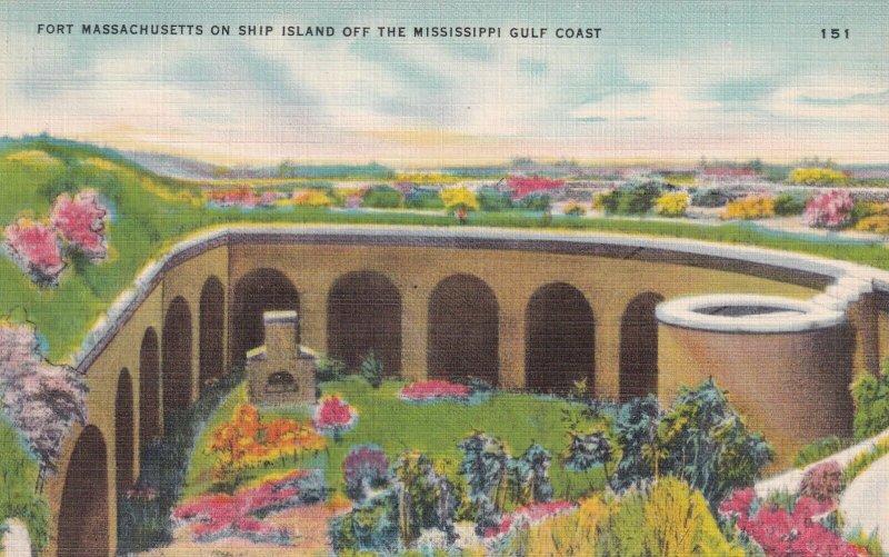 SHIP ISLAND , Mississippi , 1930-40s ; Fort Massachusetts