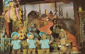 WALT DISNEY World , Florida , 1970s; The Country Bear Jamboree
