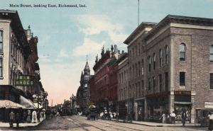 RICHMOND , Indiana, 00-10s ; Main Street , looking East