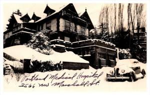 Oregon Portland ,  House in winter ,  RPC