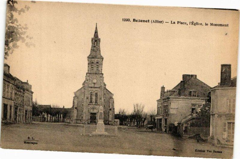 CPA BÉZENET - La Place l'Église le Monument (225348)
