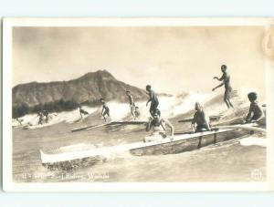 Pre-1950 rppc SURFING - SURFERS ON SURFBOARDS Waikiki - Honolulu Hawaii HI W0124