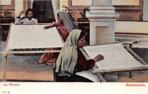 MEXICO DESHILADOS~WOMEN DOING NEEDLEWORK~JCS #526 PUBL POSTCARD 1900s