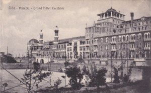 VENEZIA, Veneto, Italy; Lido, Grand Hotel Excelsior, 00-10s