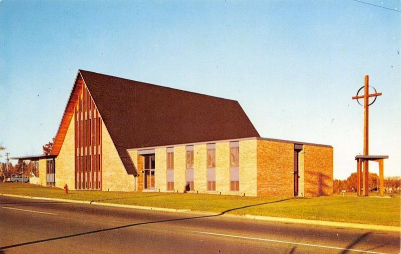 Brainerd Minnesota~Bethlehem Lutheran Church~Morris M Johnson Pastor~1950s Car