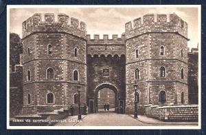 Henry VIII Gateway Windsor England unused c1920's