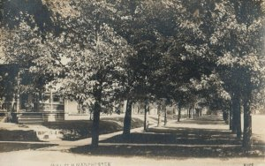 RP: NORTH MANCHESTER , Indiana , 1910 ; Hill Street