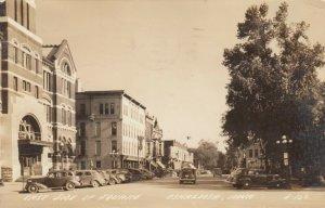 RP: OSKALOOSA , Iowa , 1943 ;  East Side of Square