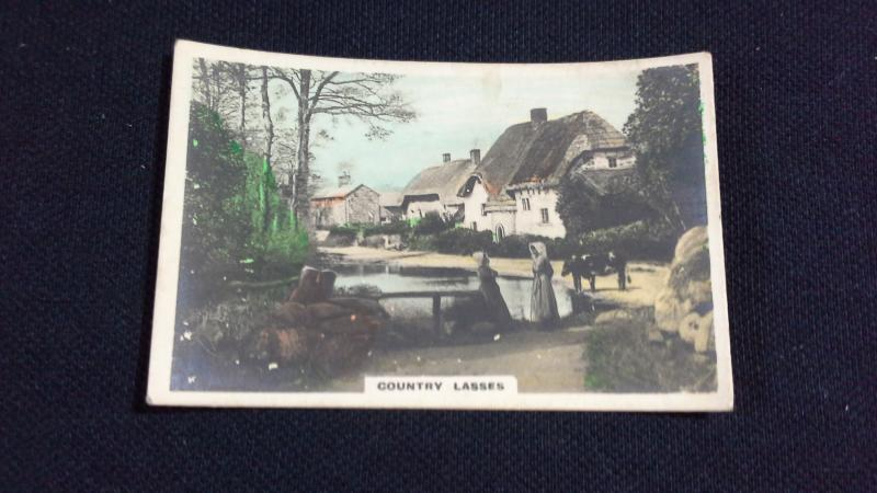 Cavanders Ltd Cigarette Card No 34 Camera Studies Country Lasses