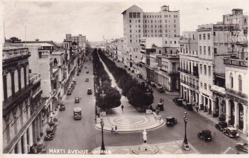 RP: HAVANA , Cuba , 1930-40s ; Marti Avenue