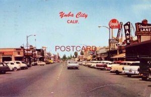 YUBA CITY, CA. Business district - Strawberry Lane, Lloyds, The Blue Room
