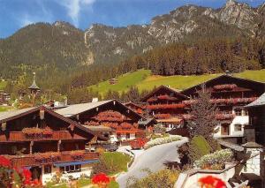 Gruss aus dem Blumendorf Alpbach, Tirol Blumen Haus Auto