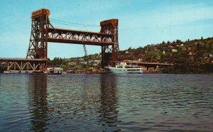 b/w Houghton & Hancock, MI, Lift Span Bridge, Portage Lake, 1960 Postcard g8923