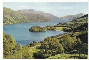 Scotland Postcard - Loch Lomond - Dumbartonshire   AB560