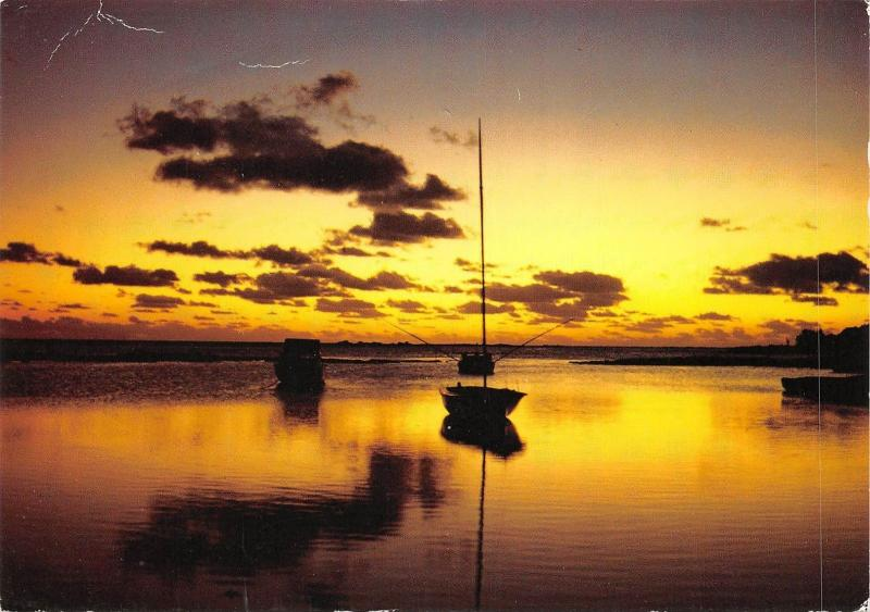 BF2644 ile maurice mauritius africa crepuscule a grand baie