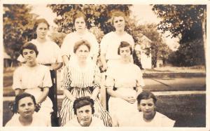 Cedar Rapids Iowa~Dr RA & Mrs Stella Greenawalt~1526 Bever~Daughters~1916 RPPC