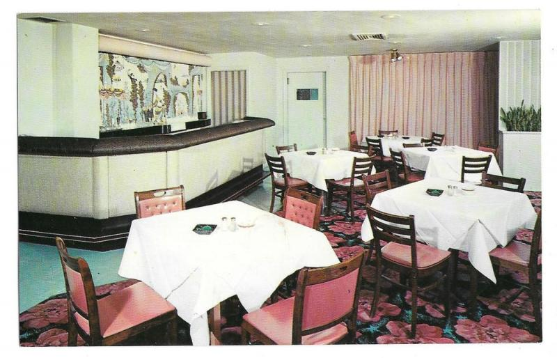 Holiday House Monroeville PA Motel Supper Club Vtg Postcard