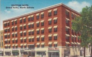 North Dakota Grand Forks Dacotah Hotel