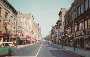 NEW HAVEN , Connecticut, 1950-60s ; Chapel Street