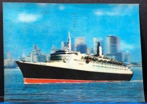 Queen Elizabeth 2 Ship Boat 1971 3D Vintage Postcard