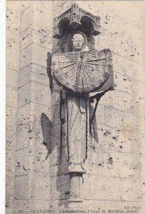 France Chartres La Cathedrale l'Ange de Meridien