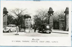 IL - Great Lakes, U. S. Naval Training Station, Front Gate  *RPPC