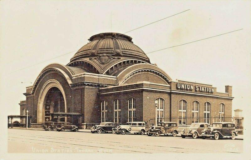 TACOMA WASHINGTON~UNION RAILROAD STATION-OLD AUTOMOBILES-REAL PHOTO POSTCARD