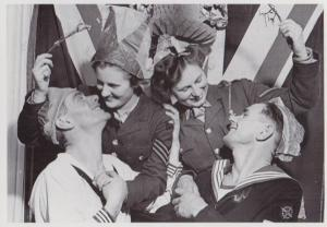 Young Father Returns To The War Tears Farewell To Wife Military WW2 War Postcard