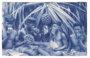 French Polynesia, Missions D´Oceanie, 1910s ; Indigenes mangeant le fruit du...