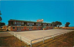 Worthington Motel Minnesota MN Turkey Capital Postcard
