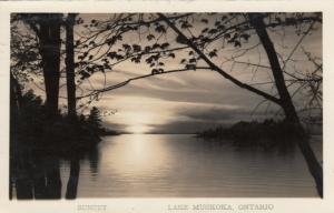 RP: Lake MUSKOKA , Ontario , 1944 ; Sunset