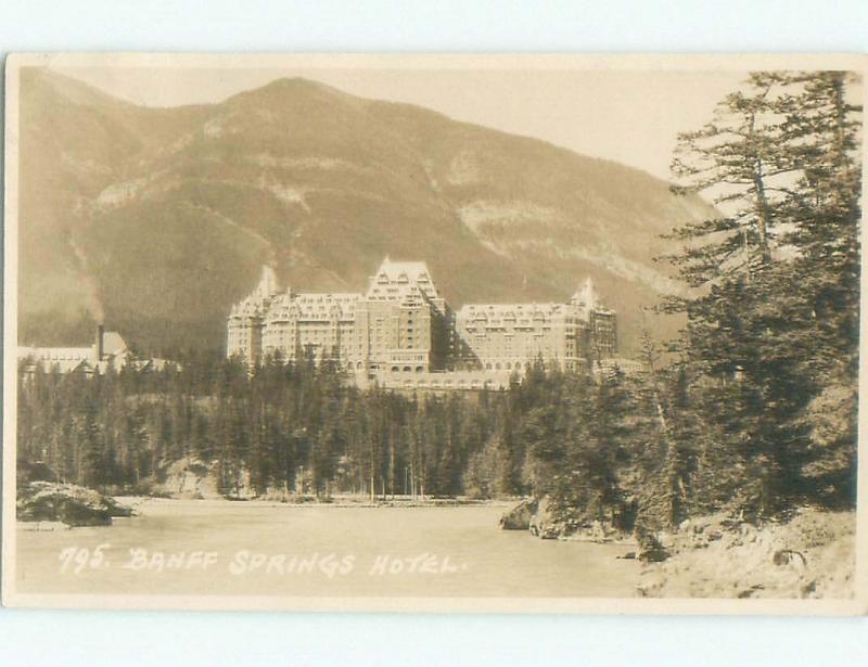 1930's rppc NICE VIEW Banff Alberta AB W0914