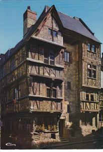 France Bayeux Ancien Hotel du XVII actuellment siege d l'office du Tourisme