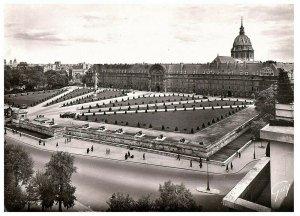 Vintage Paris Et Ses Merveilles - Paris, France - Postcard by GUY RPPC