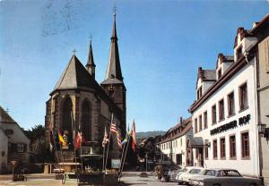 GG11769 Deidesheim Dom Brunnen, Strasse Auto Cars Deidesheimer hof Restaurant