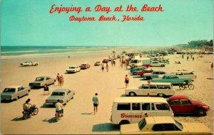Vtg Postcard 1971 Daytona Beach Florida FL Cars on beach Looking South From Pier