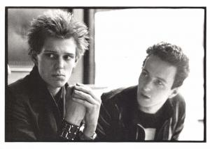Postcard THE CLASH Paris April 1977, Paul Simonon & Joe Strummer #91