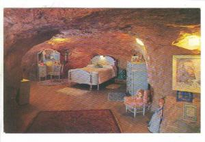 World Famous Hole N The Rock Home, Master Bedroom, Utah, 40-60s