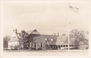 RP: The Franklin D. Roosevelt Library , Hyde Park , New York , 30-40s